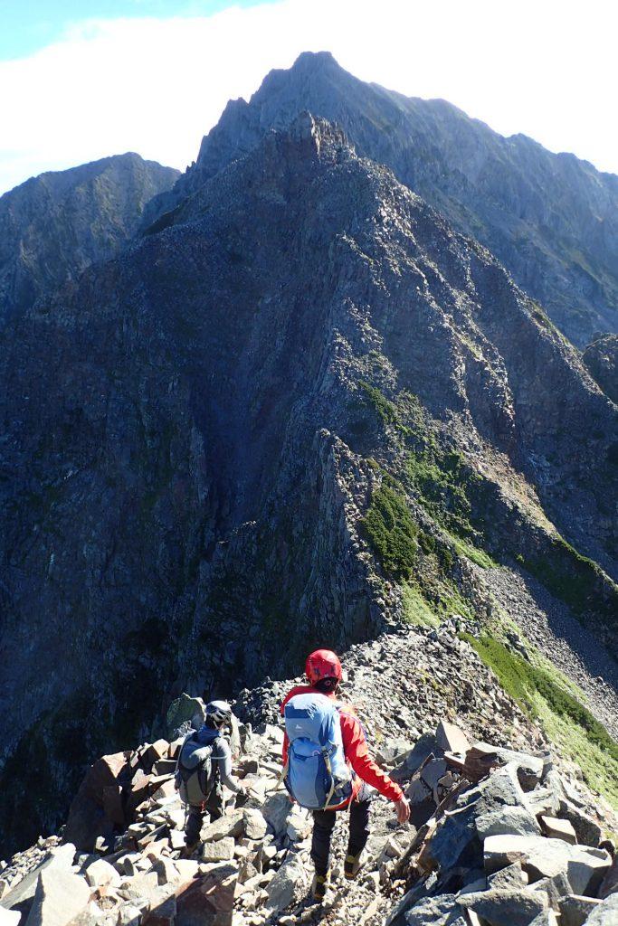 奥穂高岳まで続く長い稜線
