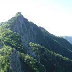 登山道最難も納得ー鋸岳 釜無川ルート・第二高点往復